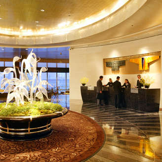 related-corporate-hospitality-square-mandarin-lobby.jpg